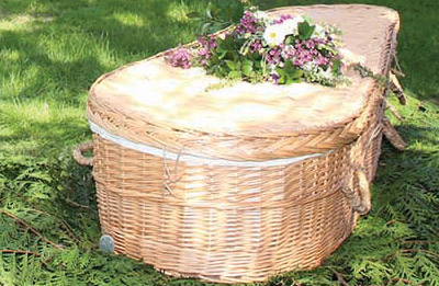 wicker-casket